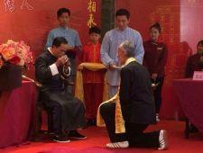 Obred sprejema učencev Mojstra Fu Nengbina